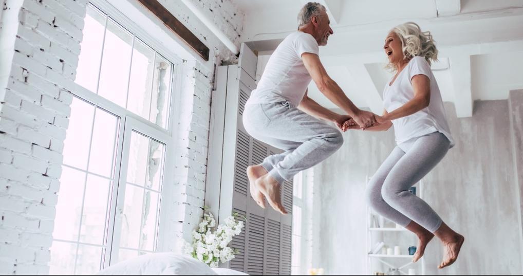 couple celebrating early retirement