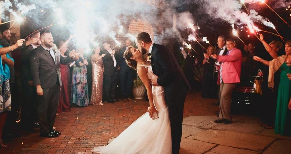 How I paid off $30,000 in debt while saving for my wedding