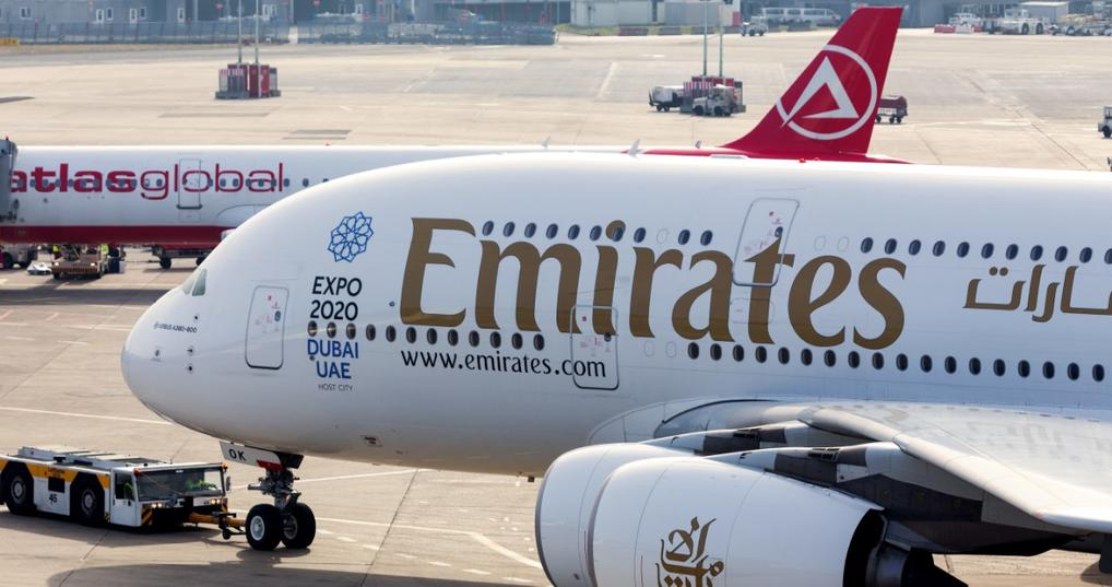 Book with Points on Emirates