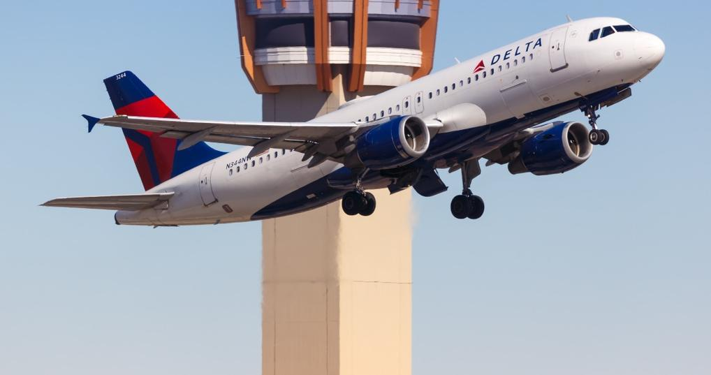 Flying Delta With Points