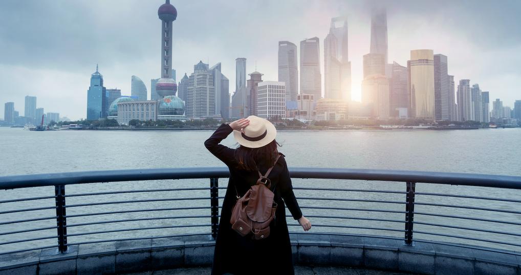 female solo traveler in china
