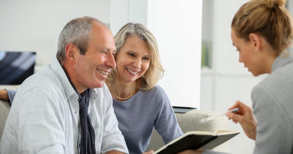 Couple buying insurance
