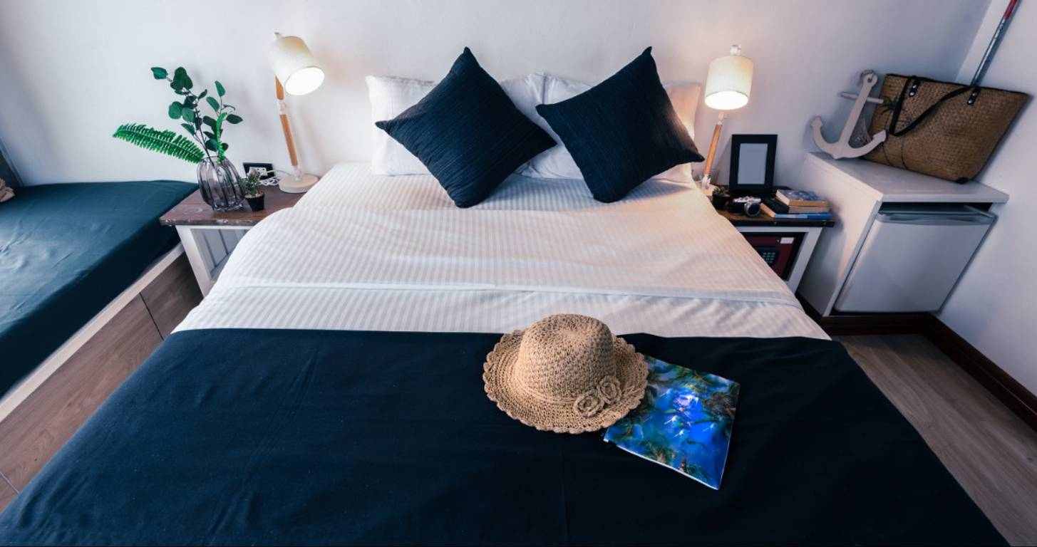 Best Credit Cards for Booking an Airbnb