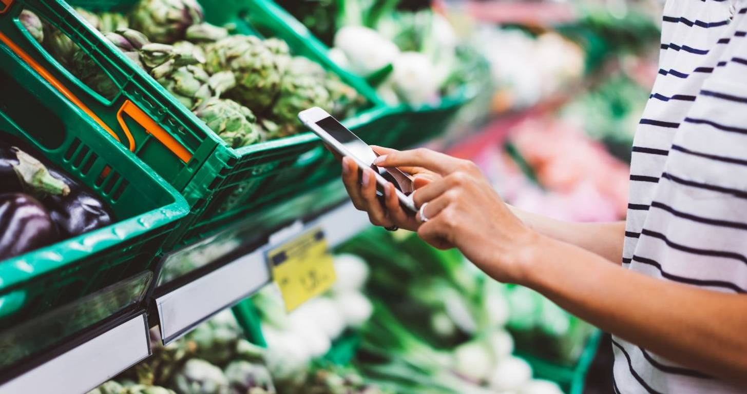 Spend Less on Groceries With These 7 Simple Moves