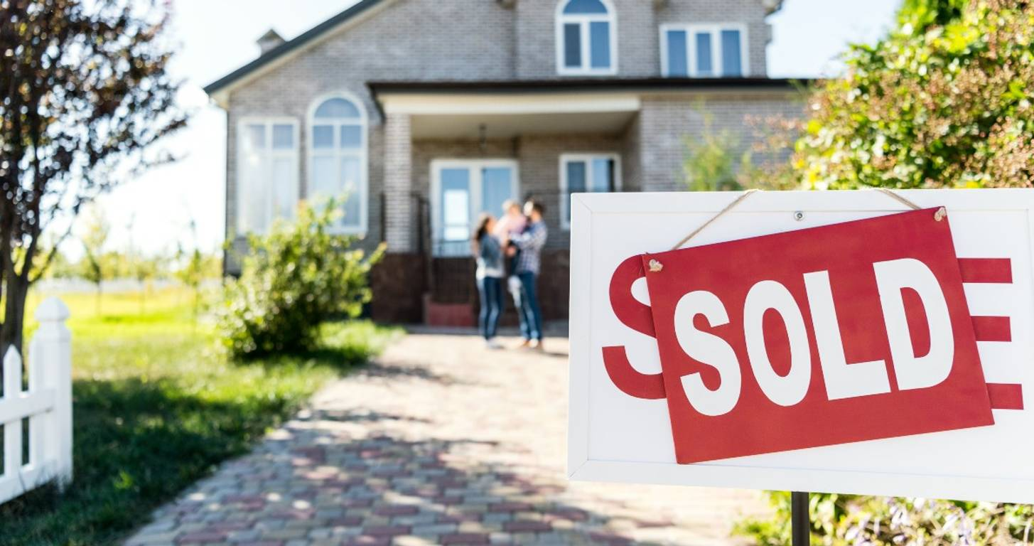 I Bought a House During COVID-19: Here's What I Learned