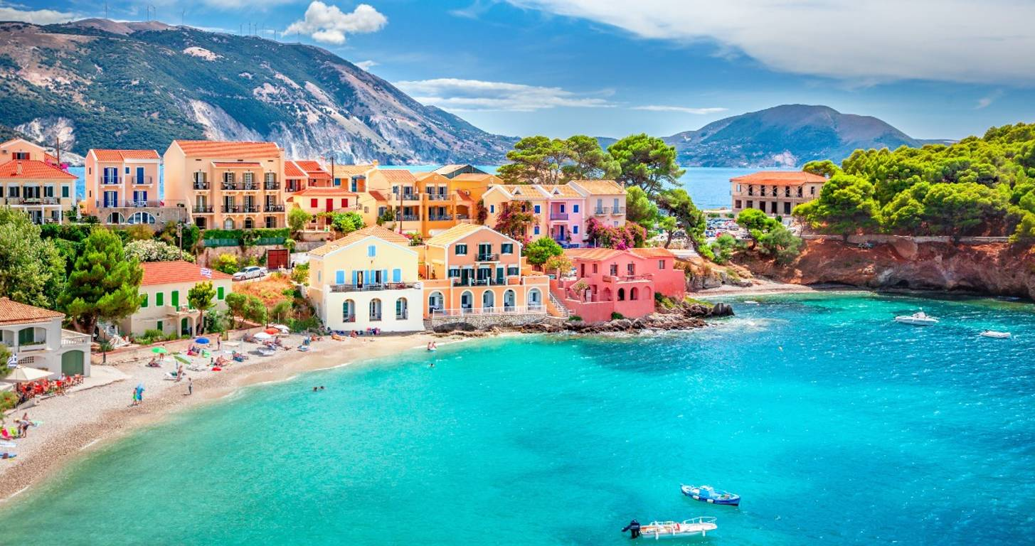 35 Jaw-dropping Places the Rich and Famous Spend the Holidays