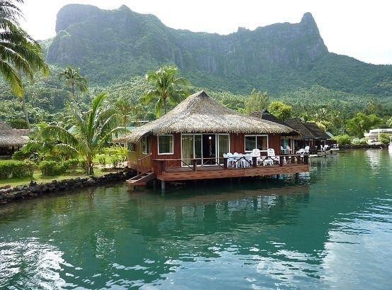 Overwater Bungalow Tahiti Moorea