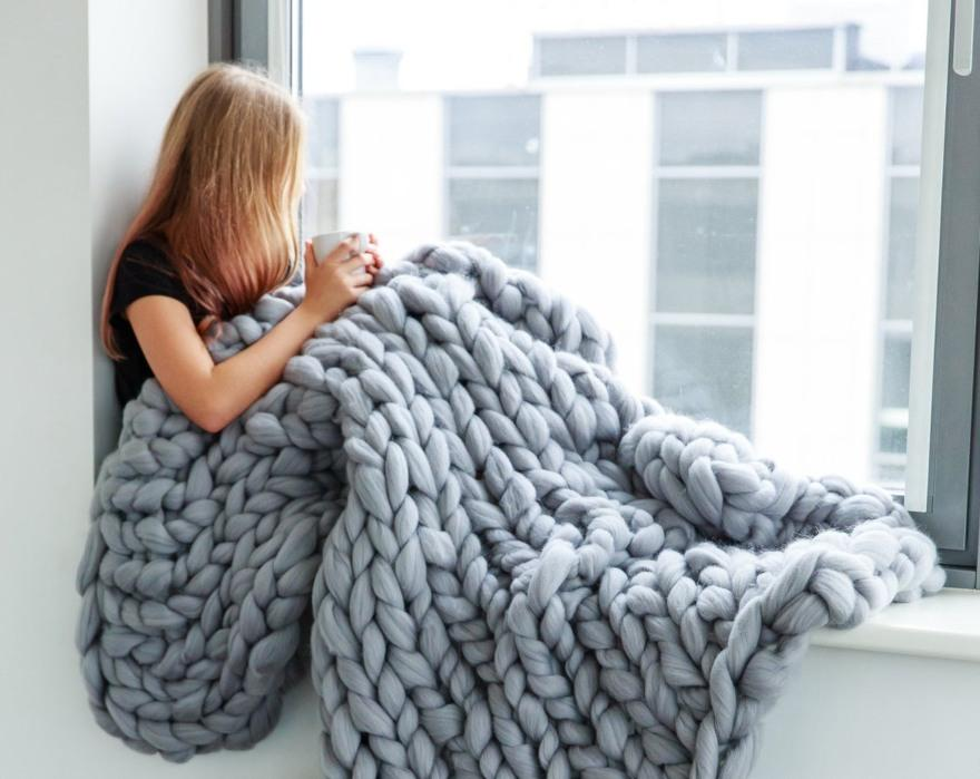 Chunky knit blanket from Cheery Little Sheep