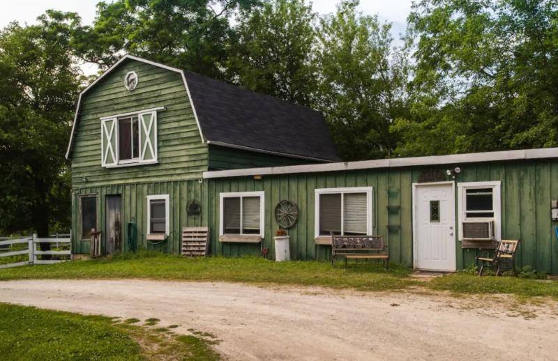 17 Unique Airbnbs for Remote Workers